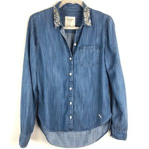 Abercrombie & Fitch Chambray Beaded Collar Demin